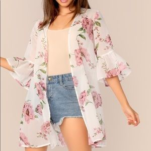 Floral kimono bell sleeve